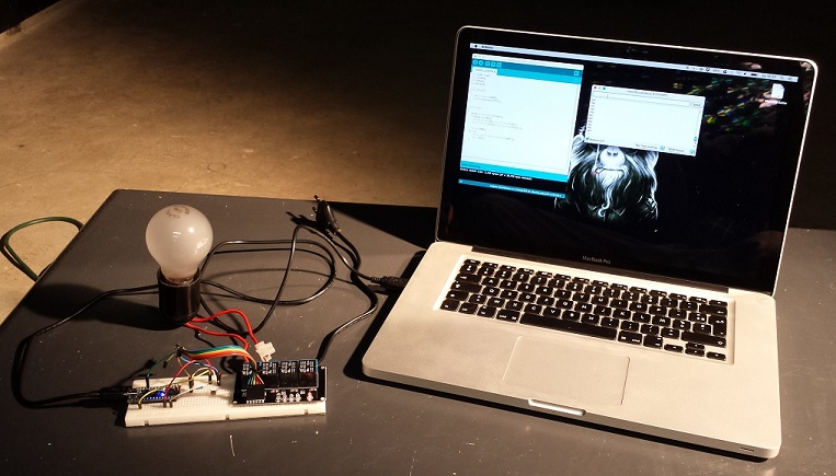 Test setup Arduino switch lamp with Laser pointer LDR